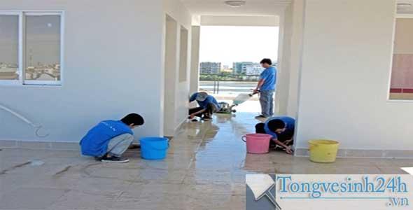 vệ sinh nhà mới xây tại hcm